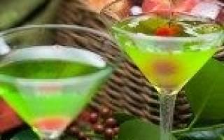 Рецепт коктейля Яблочный пирог мартини — Миллион идей что подарить