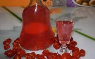 Кизиловая настойка — рецепты с самогоном, водкой, на коньяке